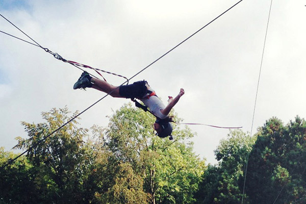 Giant-Swing Riesen-Schaukel in 10m Höhe